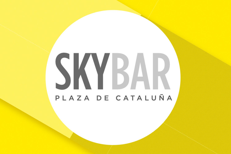 Barcelona Recibe A Nuestras Azafatas Para Un Evento  De Lo Más Exclusivo