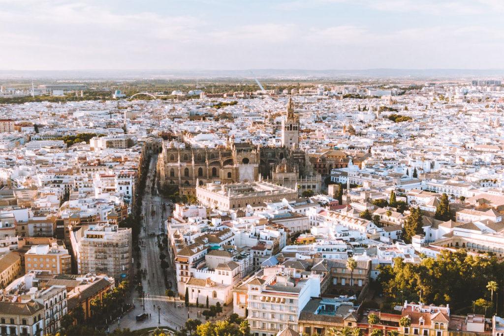 Las cancelaciones por el coronavirus están afectando a Sevilla