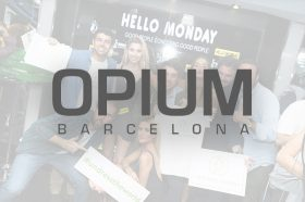 Opium-Barcelona azafatas